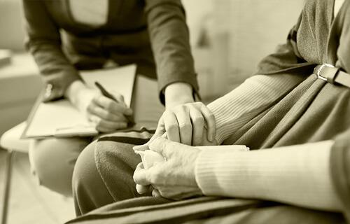 Evaluación situación población anciana  con depresión post- confinamiento COVID 19